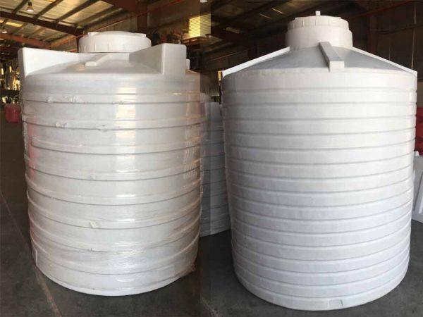 ozplast 1000 & 500 Gallons Water tanks